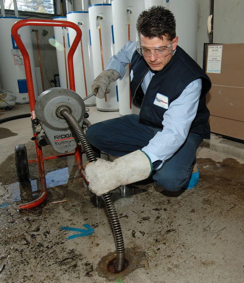 Чем прочистить канализацию в частном доме своими